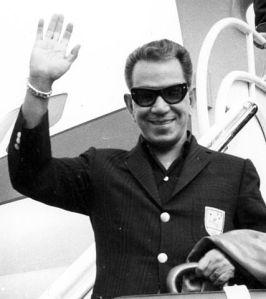 427px-Mario_Moreno_-_Cantinflas-2